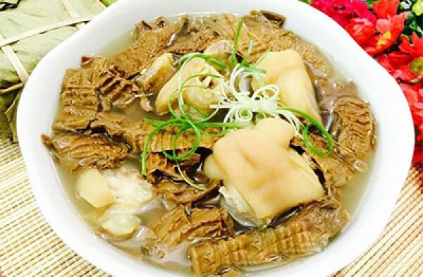 Thịt heo kho măng khô ngon đúng điệu miền Trung