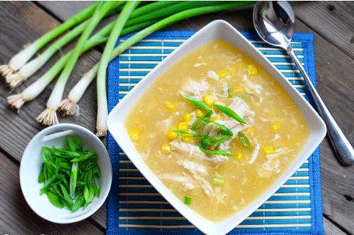 Cách nấu súp gà bằng bột sắn cho bé ăn dặm đơn giản