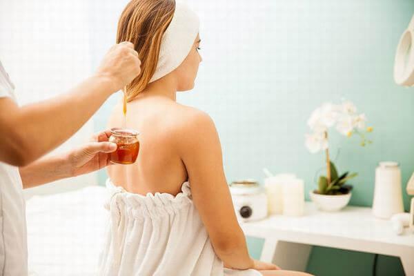 Tác dụng của mật ong với tóc, móng