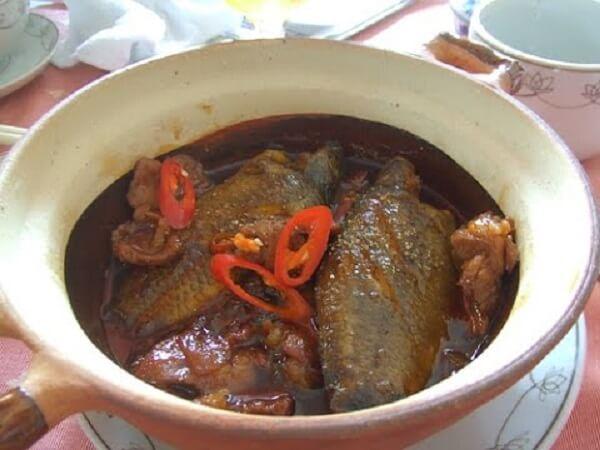 Món cá rô đồng kho khế