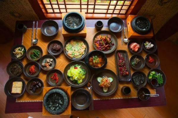 Top 12 quán ăn Hàn Quốc ngon ở quận 1 chuẩn vị Hàn mà giá vừa túi tiền.