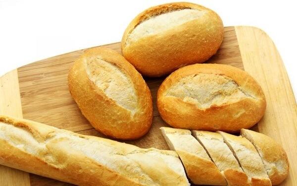 Chọn bánh mì mới ra lò và đặc ruột
