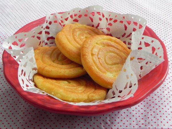 cách làm bánh rán không nhân 3