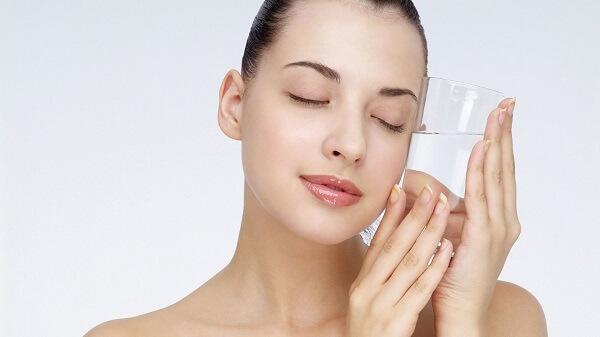 Bà bầu có nên dùng kem dưỡng da không?