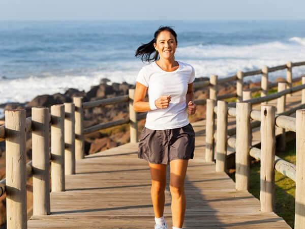 Cơ thể sẽ dễ thích nghi với các cấp độ tập thể dục khác nhau theo thời gian (Ảnh: drgcwoodson.com)