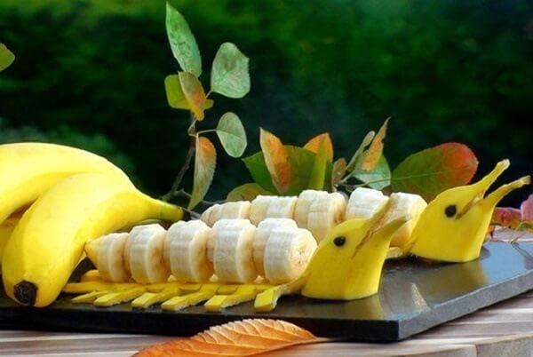 Chuối là trái cây giàu vitamin và có nhiều tác dụng chữa bệnh