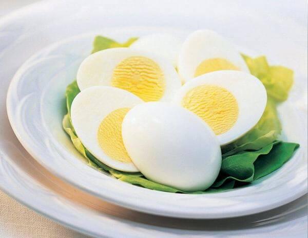 trứng còn là một trong số ít nguồn thực phẩm tự nhiên cung cấp vitamin D