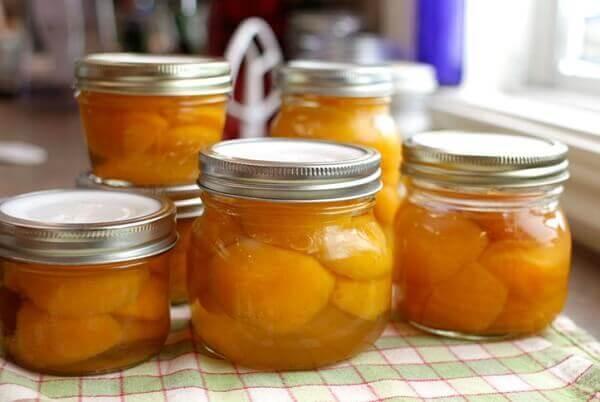 Bài thuốc chữa đau dạ dày từ tỏi và mật ong