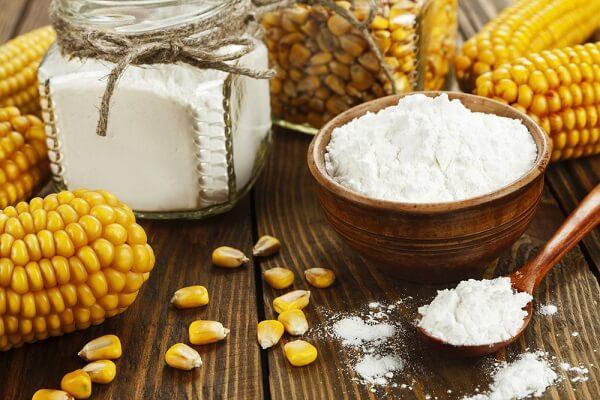 - Cách làm trắng da bằng bột bắp, bột ngô với sữa tươi
