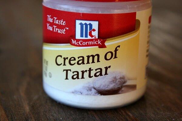 Thật ra có nhiều công thức phổ biến yêu cầu sử dụng Cream of Tartar