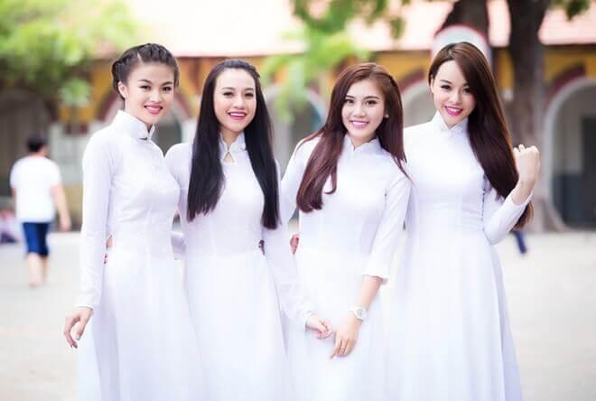 Cùng xem các kiểu áo dài học sinh đẹp cho nữ sinh cấp 3