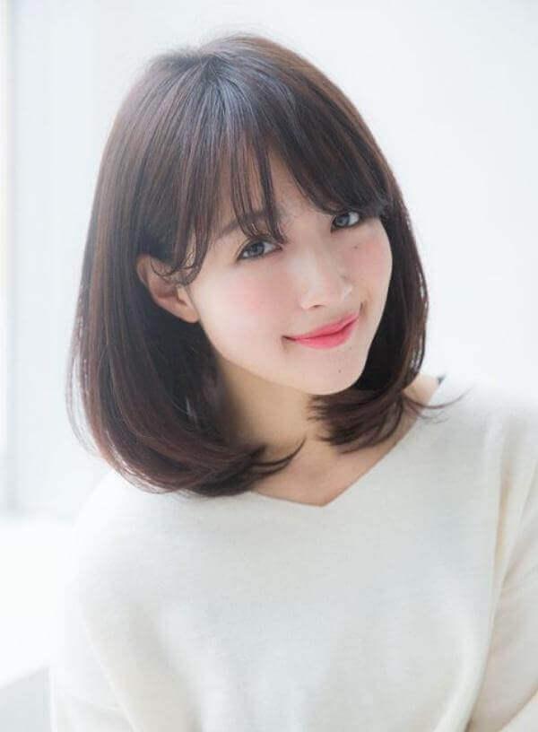 Tóc ngắn cúp nhẹ - kiểu tóc ngắn cá tính, trẻ trung cho mặt tròn