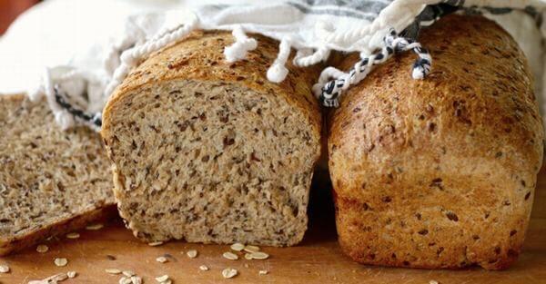 Bánh mì hạt lanh riêng cho người ăn kiêng