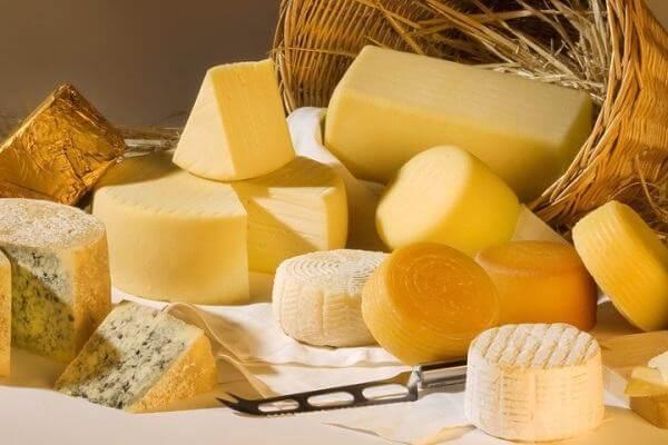 """Tên gọi cheese ở Việt Nam là do cách đọc chệch đi của từ """"fromage"""""""