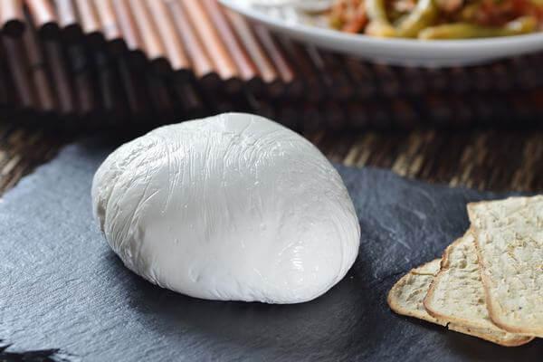 MOZZARELLA CHEESE - Phô mai dùng làm bánh Pizza