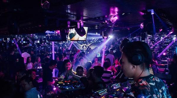 The Bank – Hai Bà Trưng - Các quán Bar bình dân ở Hà Nội - Địa chỉ, giá quán Bar sinh viên