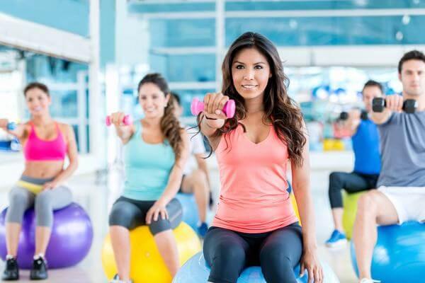 Lời khuyên muốn giảm cân nên tập Gym hay Yoga, có nên tập chung 2 thứ