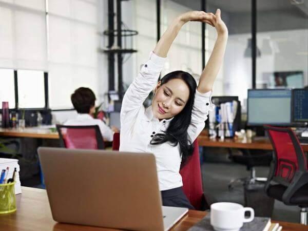 Một vài phút thư giản cơ thể sẽ giúp làm việc hiệu quả hơn