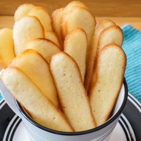 Bánh lưỡi mèo – cách làm bánh kem tiramisu