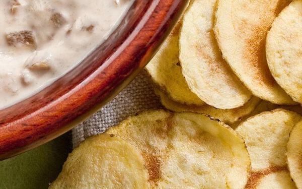 Cách làm món khoai tây chiên lắc bột BBQ mới lạ