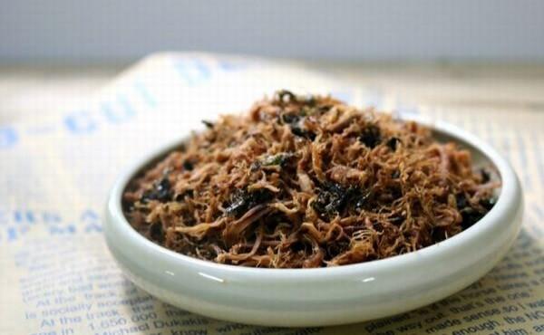 Chà bông chay được chế biến từ các loại nấm bổ dưỡng. Cách làm chà bông chay, ruốc nấm chay từ nấm tươi, nấm hương