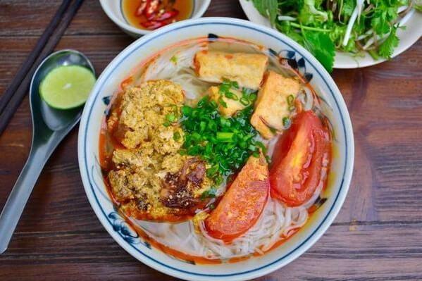 Nguồn gốc của món bún riêu cua Việt Nam