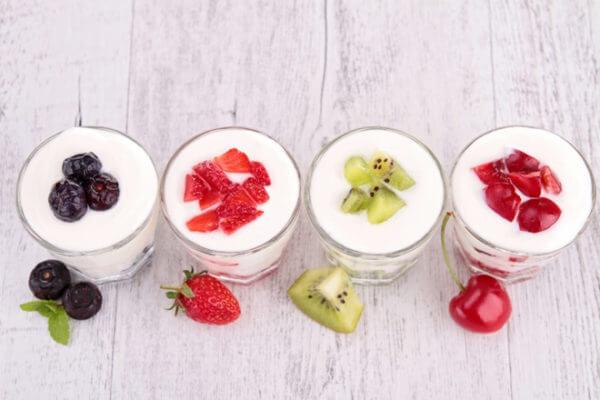 Sữa chua đánh đá hoa quả – cach lam sua chua danh da
