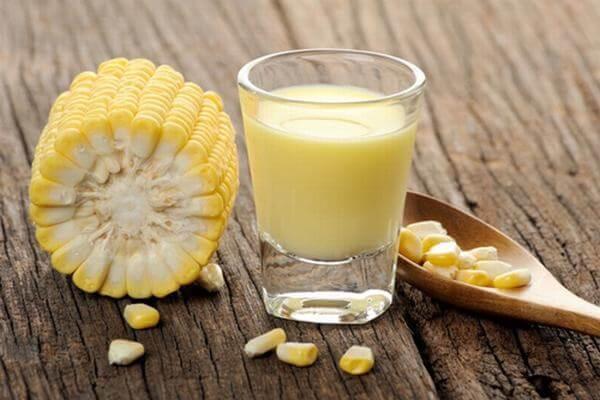 sữa bắp ngô sẽ ngon hơn khi sử dụng bắp ngô ngọt,