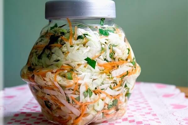 Cách muối dưa bắp cải ngon chua dịu, giòn đều ăn được ngay