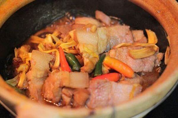 Kết hợp nấu nhút mít với thịt heo siêu ngon