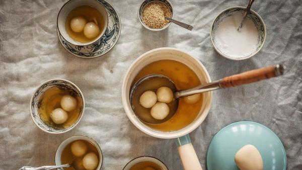 Giới thiệu về món chè trôi nước nổi tiếng ở Việt Nam