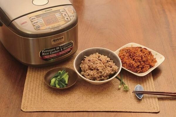 - Cách nấu cơm gạo lứt bằng nôi cơm điện (Toshiba, Panasonic…)