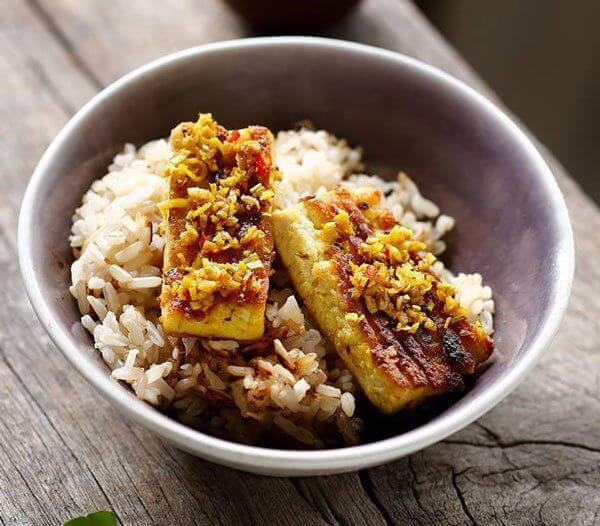 Hướng dẫn cách nấu cơm gạo lứt bằng nôi cơm điện đơn giản, nhanh mềm