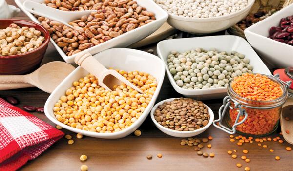 Chất xơ trong đậu sẽ giúp bạn cảm thấy no lâu hơn để chống lại cơn đói trong thời gian dài.