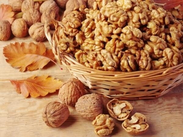 Người ăn các loại quả hạch chủ yếu là quả óc chó mỗi ngày sẽ giảm mỡ bụng tốt hơn