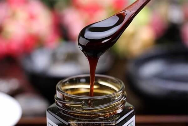 Cách chữa bệnh đau dạ dày từ lá lược vàng và mật gấu