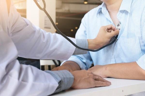 Hãy đến bác sỹ thăm khám bệnh tình - Đau bụng quặn từng cơm kèm tiêu chảy có nguy hiểm không?