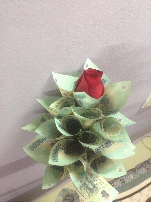Bó hoa sinh nhật đẹp độc đáo và ý nghĩa nhất hiện nay bằng tiền đô la, tiền nước ngoài