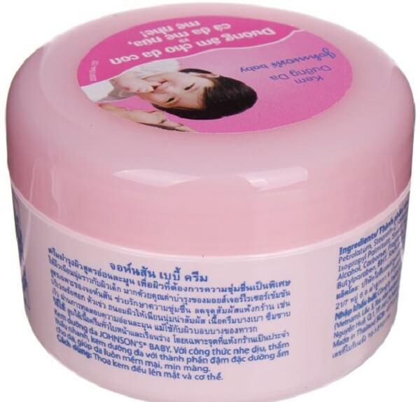 Cách sử dụng kem dưỡng ẩm Johson's Baby nắp hồng hiệu quả