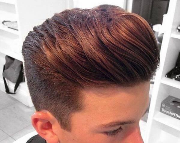 Với kiểu tóc này, gel vuốt đóng một vai trò vô cùng quan trọng