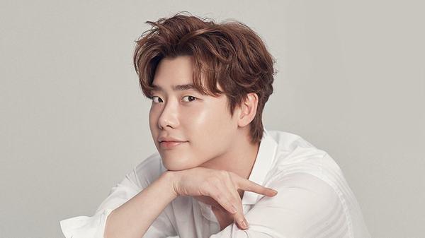 Kiểu tóc Pompadour Hàn Quốc rối như Beckham, Lee Jong Suk