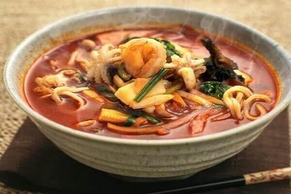 Mì cay Hàn Quốc - Hướng dẫn cách nấu mì cay ngon như Hàn Quốc