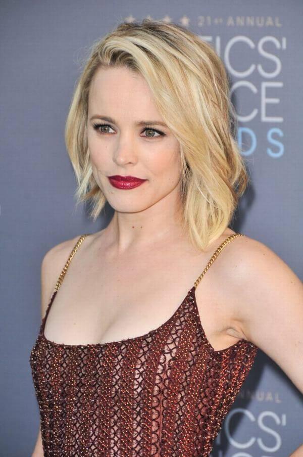 Đây cũng là kiểu tóc hoàn hảo, gợi ý cho cô nàng yêu thích sự nhẹ nhàng