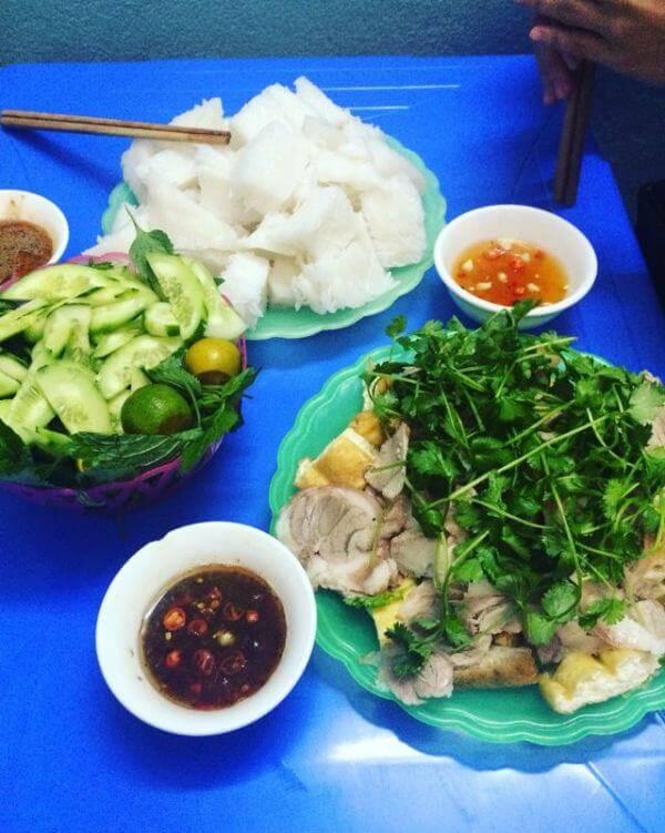 Quán bún đậu mắm tôm Cây Bàng – Đại La