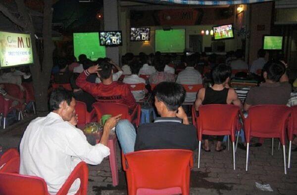 - quán cafe xem bóng đá ở Tphcm (Sài Gòn) và Hà Nội
