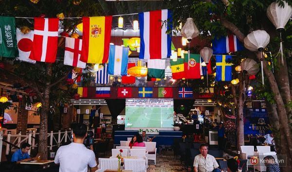 """các quán café cũng """"mọc lên như nấm"""" mùa World Cup"""