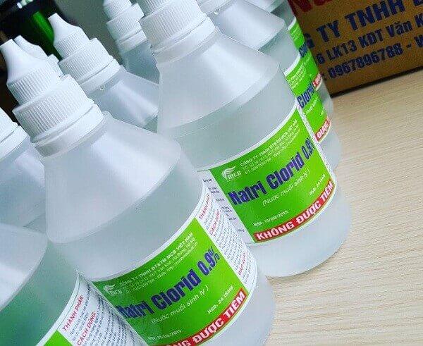 Nước muối sinh lý là hợp chất của natri clorid với nồng độ 0,9%