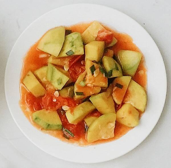 Bí ngô bao tử sốt cà chua: 6.000 đồng