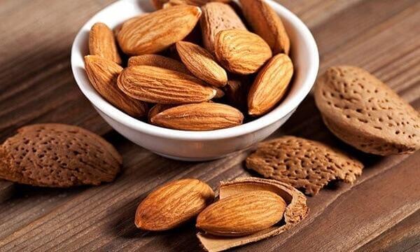 Bổ sung canxi - Bà bầu cần bổ sung vitamin, khoáng chất nào, bổ sung như thế nào?