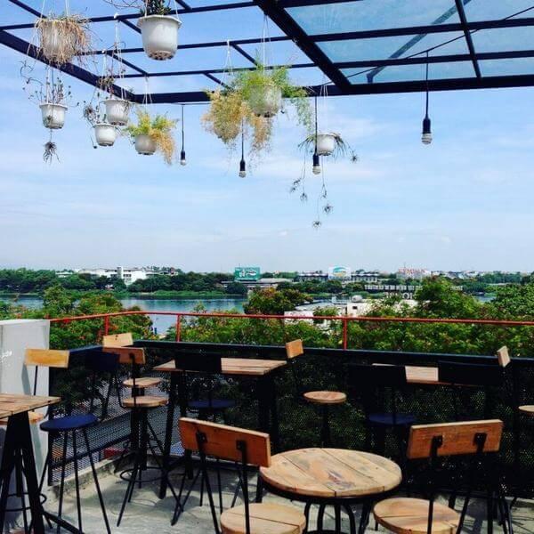 Sky cafe - Các quán cafe đẹp ở Huế, quán cà phê riêng tư yên tĩnh